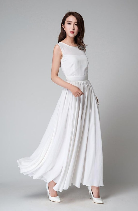 White Sleeveless Gown – Fashion design images