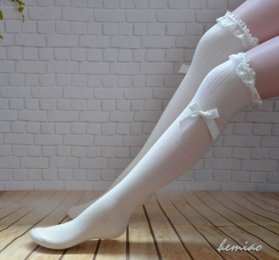 white lace top bow socks thigh high socks knee high socks. Black Bedroom Furniture Sets. Home Design Ideas