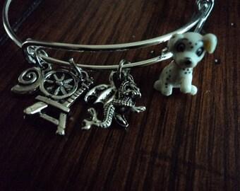 ouat bracelet Villains