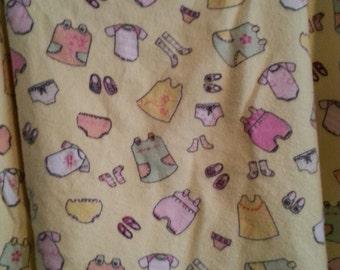 "33"" x 40""  Yellow Cotton Print Nursery Pad/Blanket   100% Cotton"