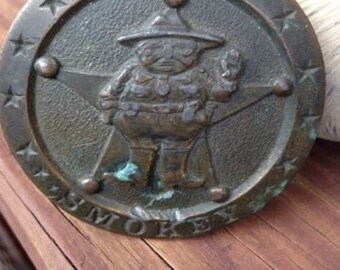 Vintage SMOKEY the bear belt buckle-Metal-1977-PIG- American police Law and Order Indiana metal craft N98