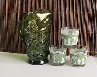 Vintage Green pitcher, green glass pitcher, water pitcher, serving pitcher, glass green pitcher, boho pitcher