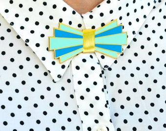 Deco Design Enamel Pin Bow Tie Brooch Blue