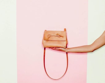 Natural Leather Crossbody Bag. Italian vegetable tanned leather