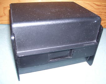 Vintage Rubbermaid 3 x 5 card file recipe box
