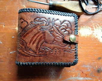 Embossted classic wallet