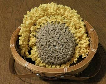 Sunflower Sponge, crochet flower sponge, sunflower trivet, Sunflower cloth, Sunflower gift set, cotton sponge, Crochet cloth set, sunflowers