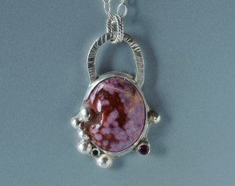 Agate Pendant in Silver, Red Agate Metalwork Pendant, Red and Pink Gemstone is Silver Bezel, Druzy in Stone, Garnet, Silver Granules