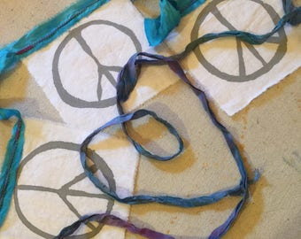 """String of 3 """"mini"""" Peace Flags"""