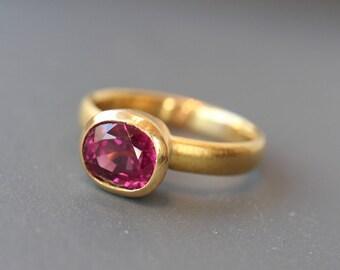 Garnet Ring Gold 22k with Rhodolithgranat