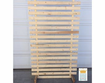 Wood Pallet Wall Display, Wedding Backdrop, Wood Pallet, Jewelry Display, Craft Show Display, Craft Show Wall Display, Wood Pallet Display