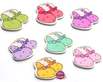 6 attractive decorative wooden buttons baby mixed 3.5 cm - 2 holes
