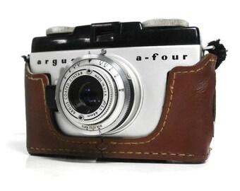 Vintage  Argus a-four Camera. 1950's Viewfinder Black and Chrome Argus Camera. Old Classic Photography USA Made 35mm Argus Camera