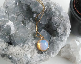 Necklace l Opalite