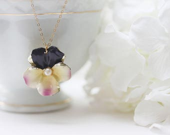 Pansy Necklace Pastel Flower Necklace Pansy Jewelry For Mom Vintage Pansy Pink Pansy Pendant
