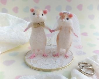 Hamster Cake Topper Needle Felted Decor Alternative Wedding Decor Bride and Groom Gold White Wedding