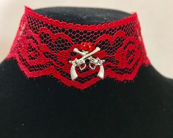 2 guns and red lace roses adjustable choker