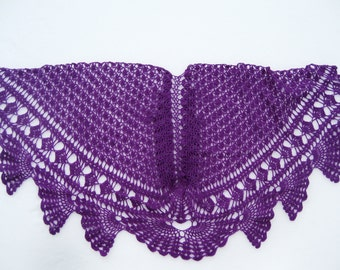 purple lace shawl, purple wool shawl in crochet lace.
