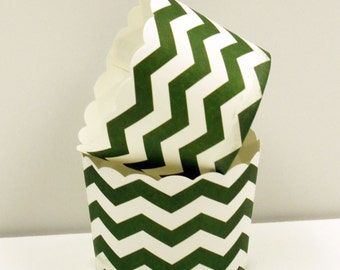 Cupcake Liners, 20 Kelly Green Chevron Cupcake Baking Cups, Green Cupcake Cups, Paper Cupcake Liner, Candy Cups, Nut  Cup, Wedding Candy Cup