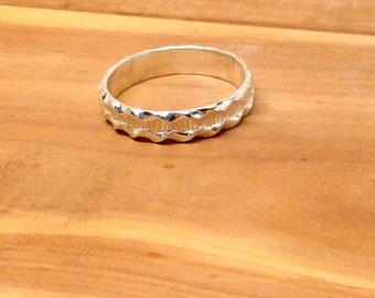 Rippling Rivulet Sterling Silver Patterned Band Ring 5mm wide