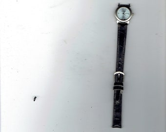 a ladies watch if works unknown