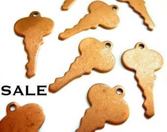 Vintage Engraving Copper Plated on Steel Key Charms (6X) (V239) SALE - 25% off