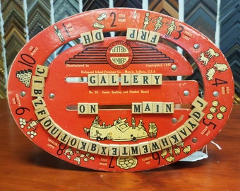 Vintage Richmond School Furniture Co, Indiana. Letters and numbers Teaching board. 1940 Early Education antique toy.