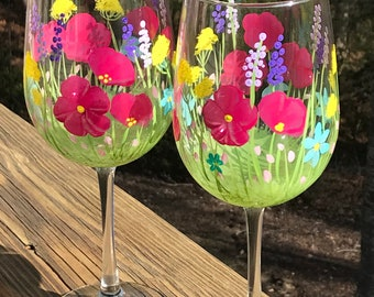 Hand painted wine glasses spring flowers,  floral wine glass, wine tumbler, customized wine glass, wedding bridesmaid wine glass