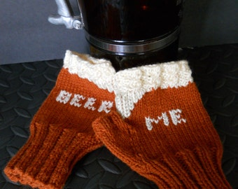 The Beer Me Fingerless Gloves Amber Ale Style, Beer Lovers Gloves in Dark Gold, Gift for Homebrewers, Craft Beer Lovers, Mens Gloves