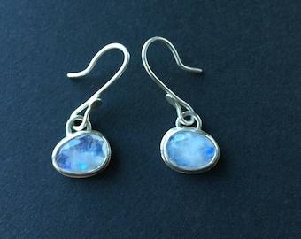 Moonstone Earrings ~ Dangle Moonstone Earrings ~ Moonstone Jewelry ~ Earrings ~ Gemstone Earrings ~ Moonstone ~ Rose Cut Moonstone Earrings