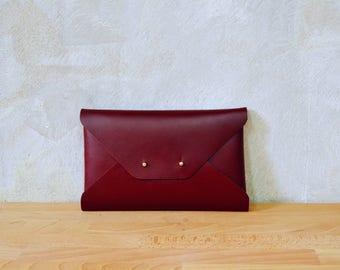 Bordeaux leather clutch bag / Red wine envelope clutch / Bridesmaids clutch / Genuine leather / Dark red clutch