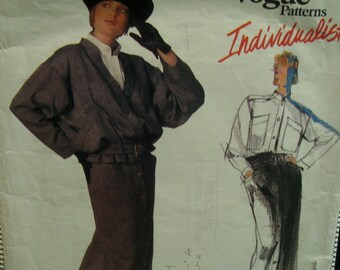 """80s Danny Noble Short Jacket Pattern, Belted, Straight Skirt, Button Front, High Neck Shirt, Pockets, Vogue No.1437 Size 6 (Bust 30.5""""78cm)"""