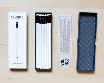 Box of 12 Palomino Blackwing Volumes 16.2 Firm Graphite, Black and White finish, Writing or Drawing Pencil, Gift for Architects or Designers