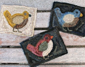 Rug Hooking Pattern Miss Robin on Linen or Paper
