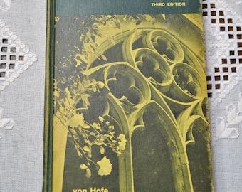 Vintage German Language Textbook Im Wandel Der Fahre by Harold Von Hofe Vintage Book PanchosPorch
