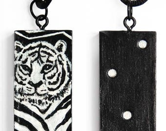 Domino Deco Pendant – Tiger
