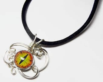 Wire Wrap Handmade Desert Lime Glass Evil Dragon Eye Pendant with Necklace