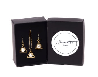Triangle Pearl Earring