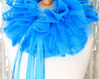 Turquoise Lace Collar with Tulle - Burlesque Costume - Elizabethan Fashion Ruff