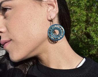 Wooden geometric circle earrings
