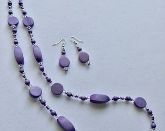 Lilac/purple bead necklace and earring set