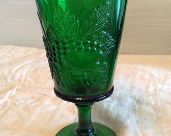 Vintage Emerald Green Goblet Wine Glass ~ Fruit And Leaf Pattern