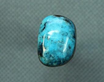 Turquoise cabochon  Kingman mine,  A-98