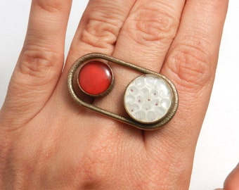 Porthole Ring (OOAK 3D printed ring with enamel)