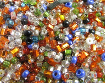 10 Grams Vintage Multi-Color Italian Glass Seed and Bugle Bead Mix VG142