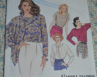 Simplicity 9779 Misses Tops with Tie or Scarf  Sewing Pattern - UNCUT - Size 6 -14