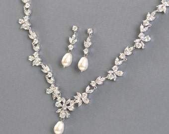 Crystal Pearl Necklace Set, Pearl & Crystal Bridal Necklace, Wedding necklace, wedding necklace, bridesmaid jewelry
