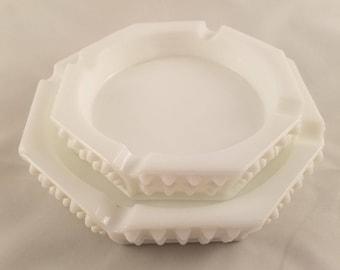 Fenton Milk Glass Octagon Nesting Ashtrays