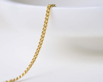 16ft (5m) of Anti Tarnish 16K Gold Flat Curb Chain Textured Links 1.2mm  A8603