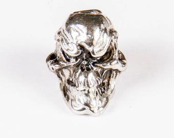 """""""Grinning skull"""" bead Tibetan silver"""